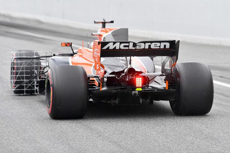 [Imagen: Stoffel-Vandoorne-McLaren-Formel-1-Test-...009634.jpg]