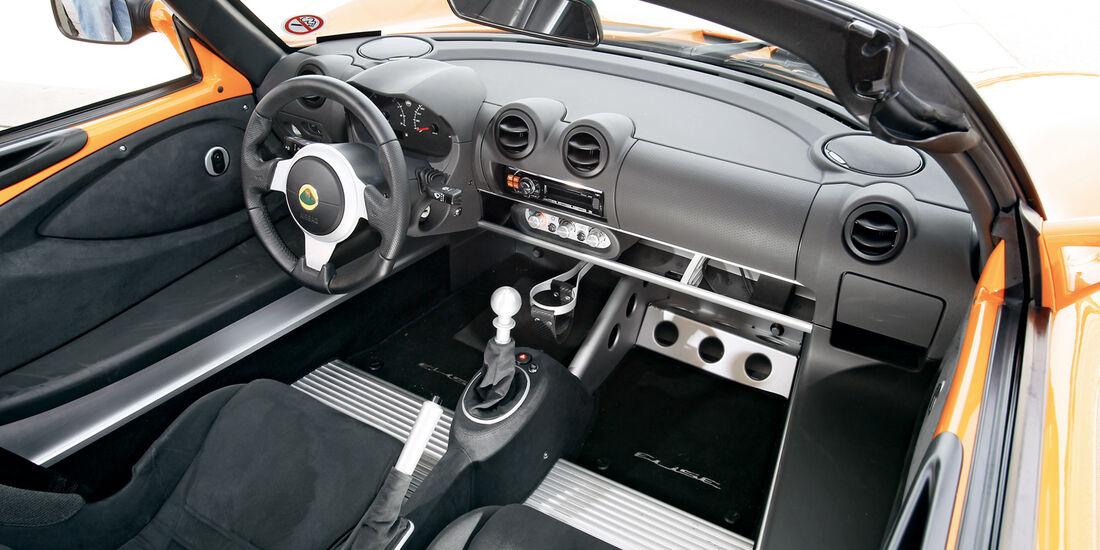 Lotus Elise S, Cockpit
