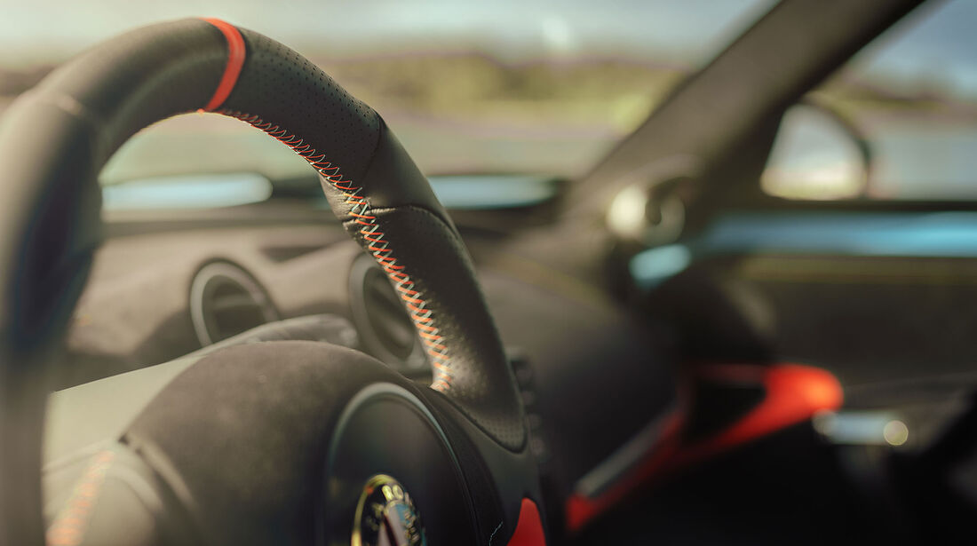 02/2019, Pogea Alfa Romeo 4C Zeus