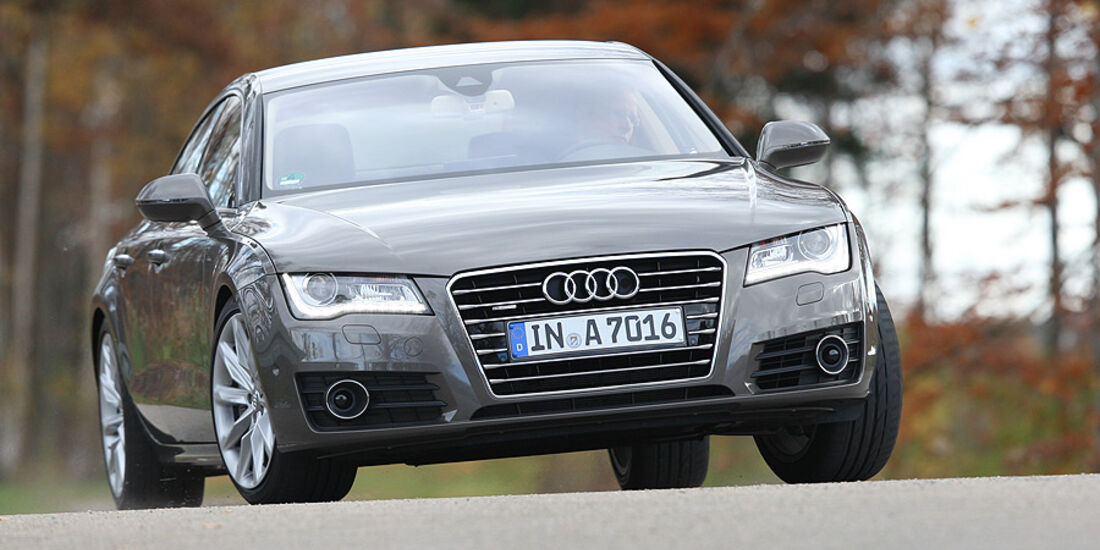 03/11 aumospo 07/2011 Audi A7 3.0 TFSI Quattro