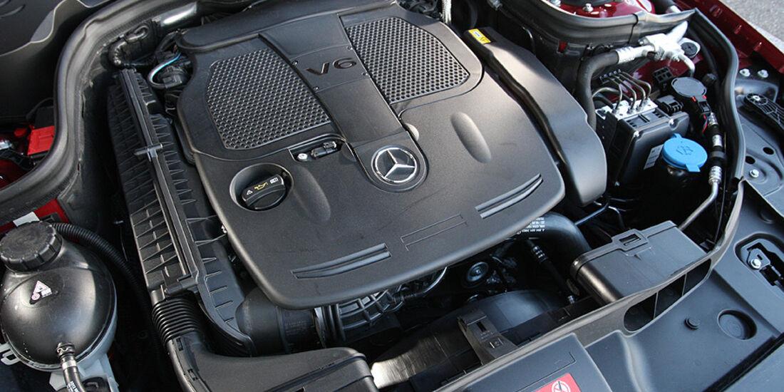 03/11 aumospo 07/2011 Mercedes CLS 350, Motor