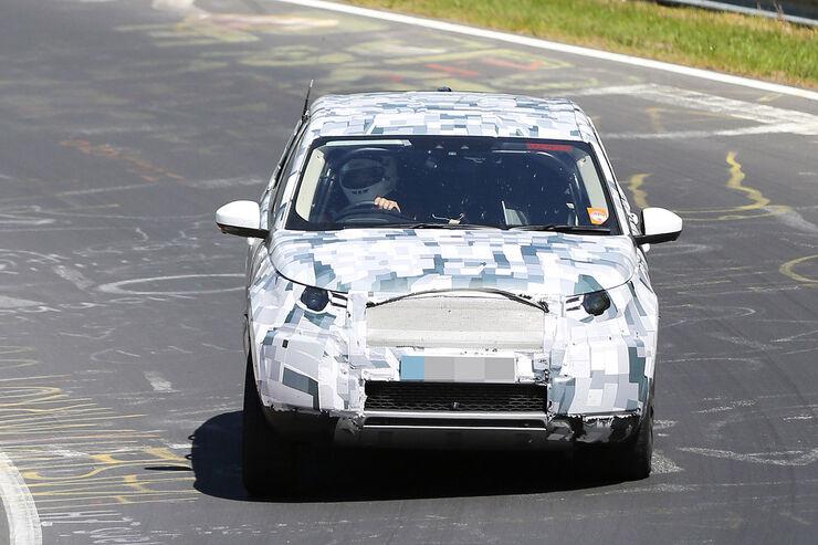 05/2014 Land Rover Discovery Sport Erlkönig