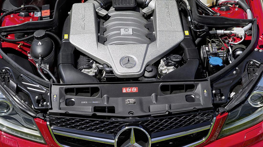 07/2011, Mercedes C-Klasse Coupé C 63 AMG Black Series, Motor