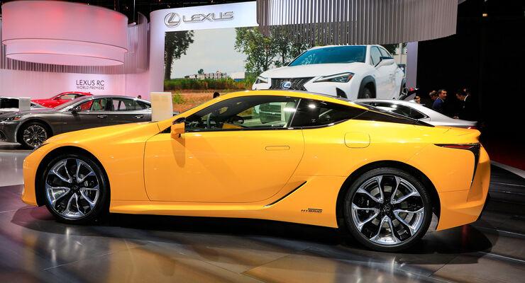 10/2018, Lexus LC Yellow Edition auf dem Autosalon Paris 2018