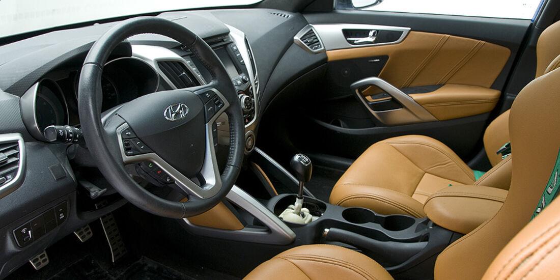11/2011 SEMA 2011, Hyundai PM Lifestyle Veloster