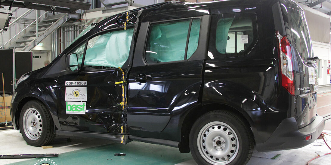 11/2013, EuroNCAP-Crashtest, Ford Tourneo Connect