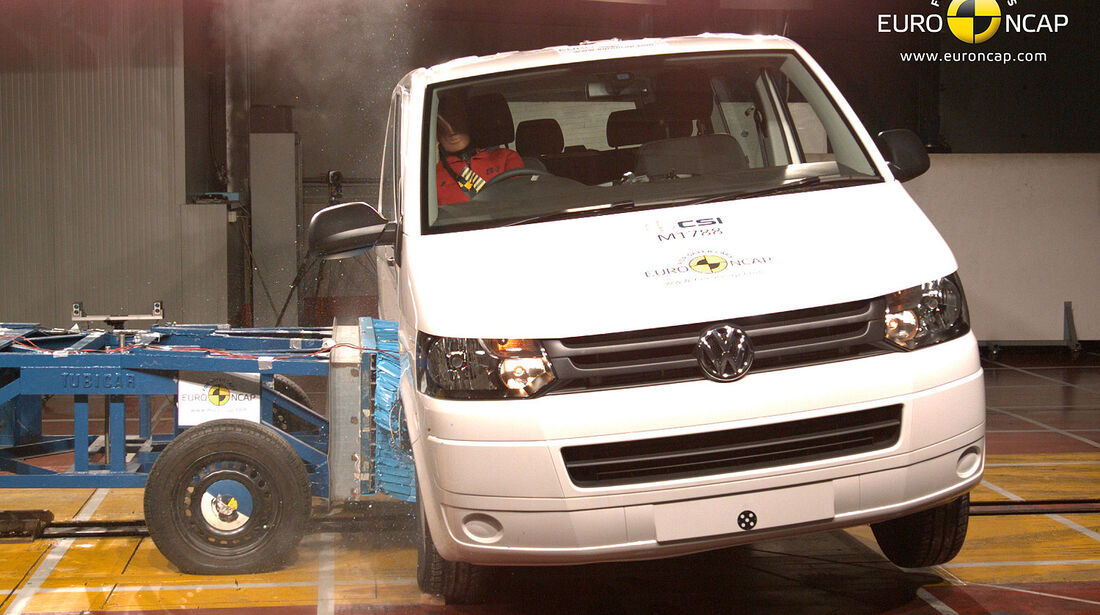 11/2013, EuroNCAP-Crashtest, VW T5
