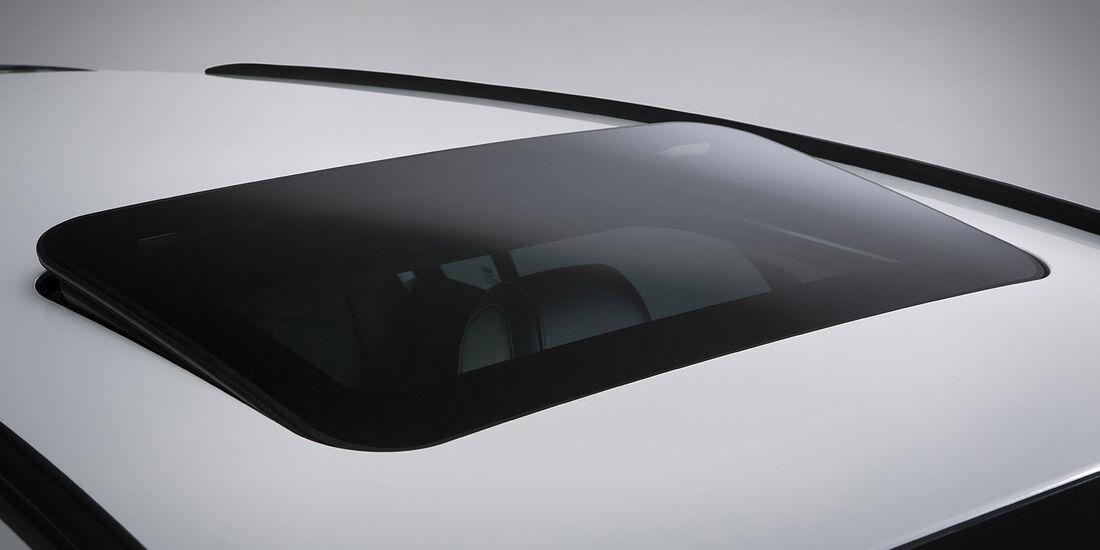 11/2014, Qoros 3 City SUV
