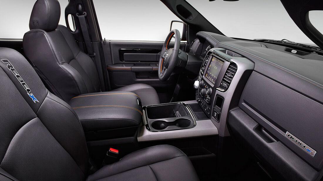 11/2015 Mopar auf der Sema Dodge Ram 1500 Rebel