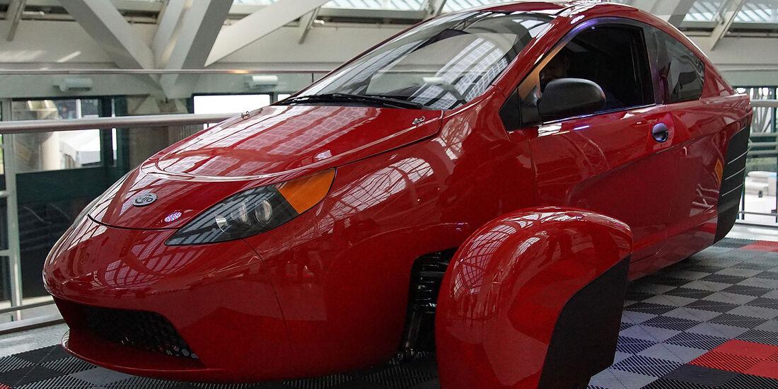11/2016 Tuning Los Angeles Auto Show 2040