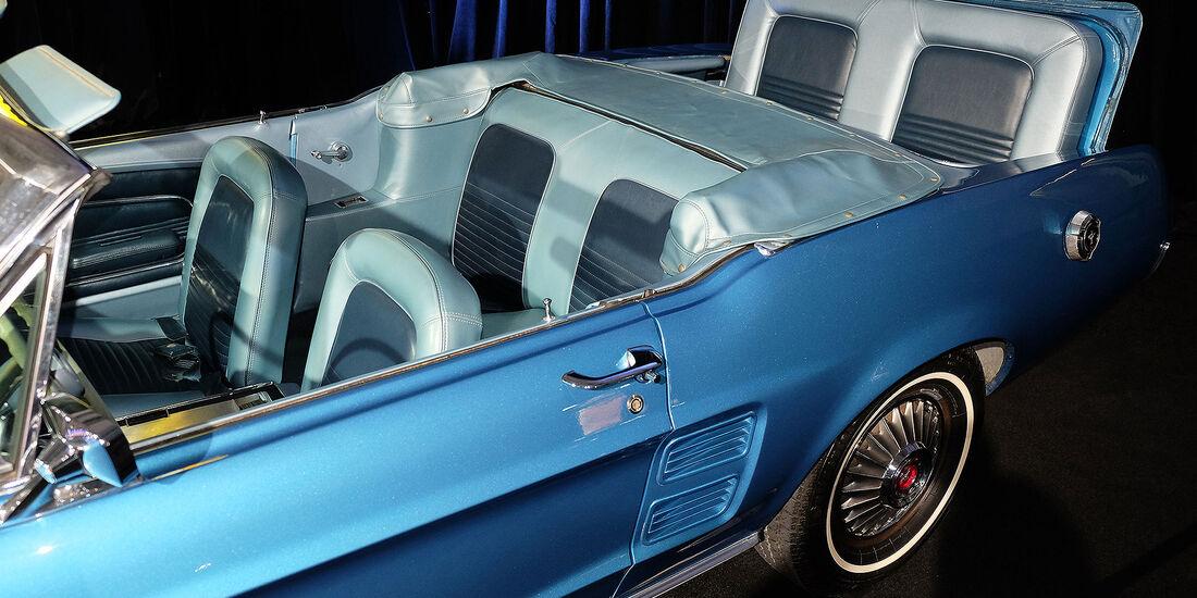 11/2016 Tuning Los Angeles Auto Show 2044