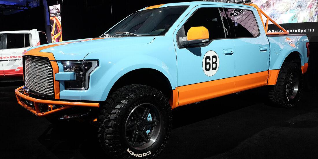 11/2016 Tuning Los Angeles Auto Show 2050