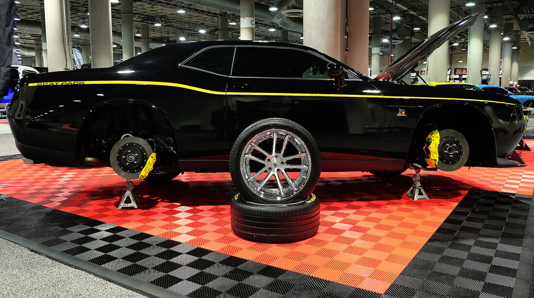 11/2016 Tuning Los Angeles Auto Show 2098