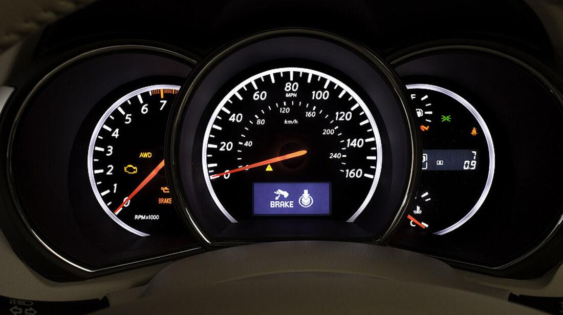 1110, Nissan Murano CC CrossCabriolet, Tacho