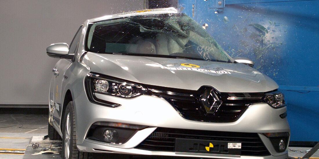 12/2015 EuroNCAP Crashtest Renault Megane
