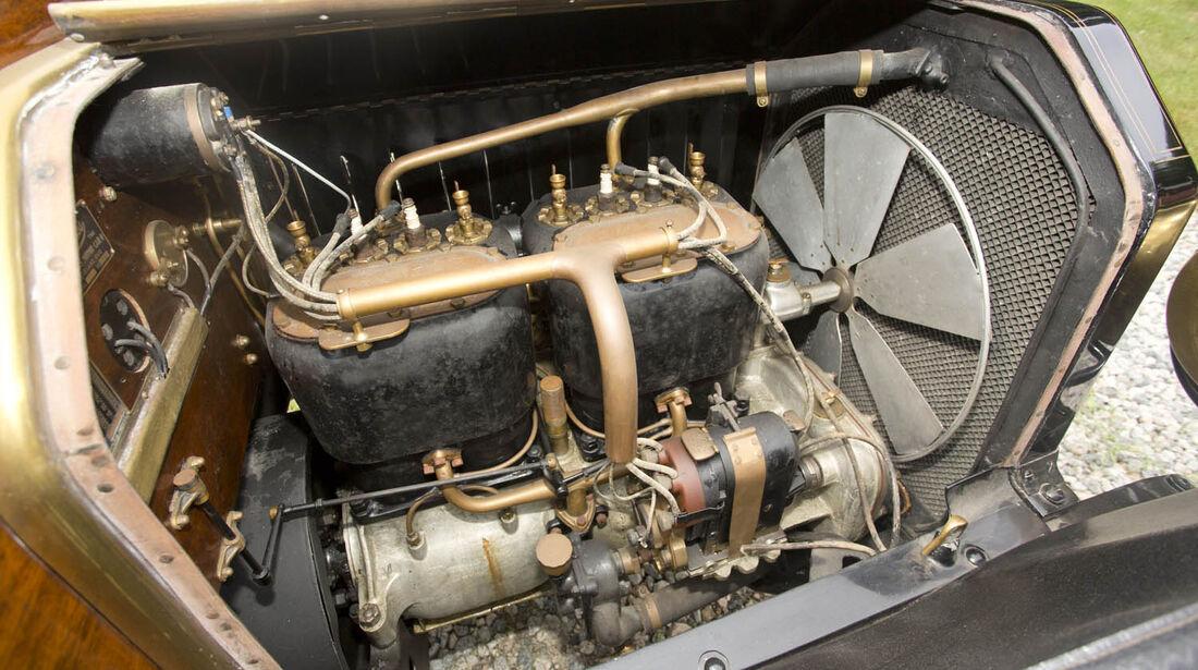 1910er Peerless Model 29 Park Phaeton/Victoria