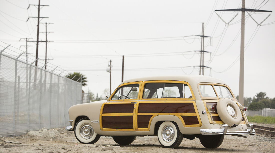 1950 Ford Custom DeLuxe Station Wagon