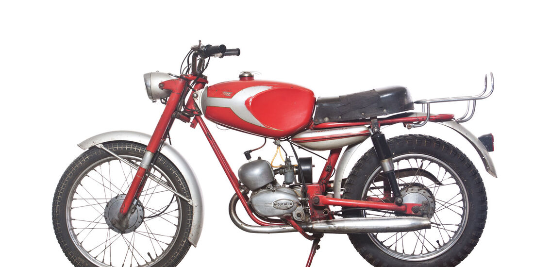 1962 Ducati 48SL Cacciatore RM Auctions Monaco 2012