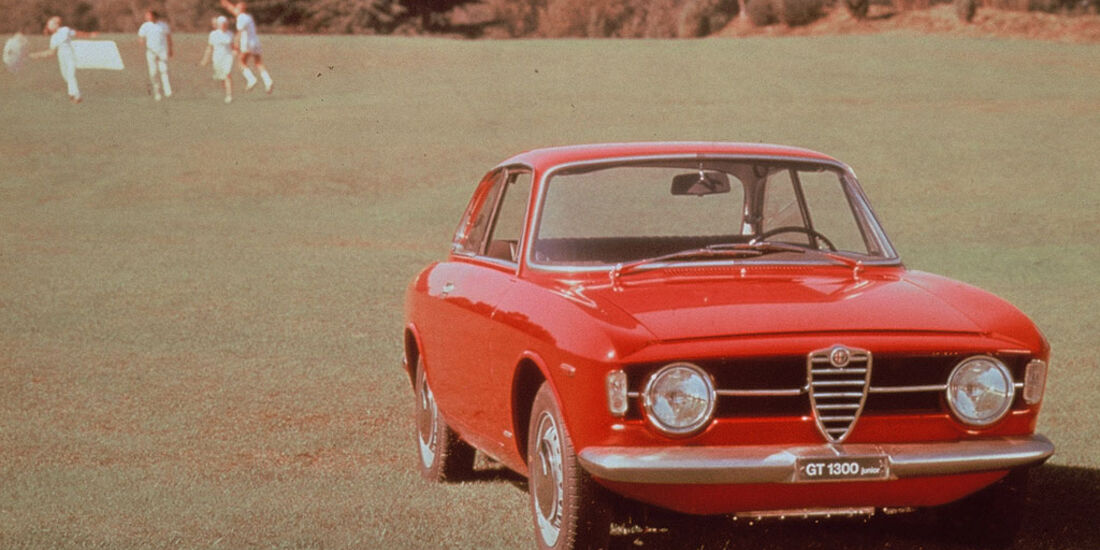 1966-1968 Alfa Romeo Giulia Coupé 1300 GT Junior