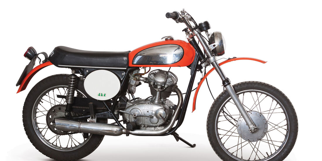 1970 Ducati 125 Scrambler RM Auctions Monaco 2012