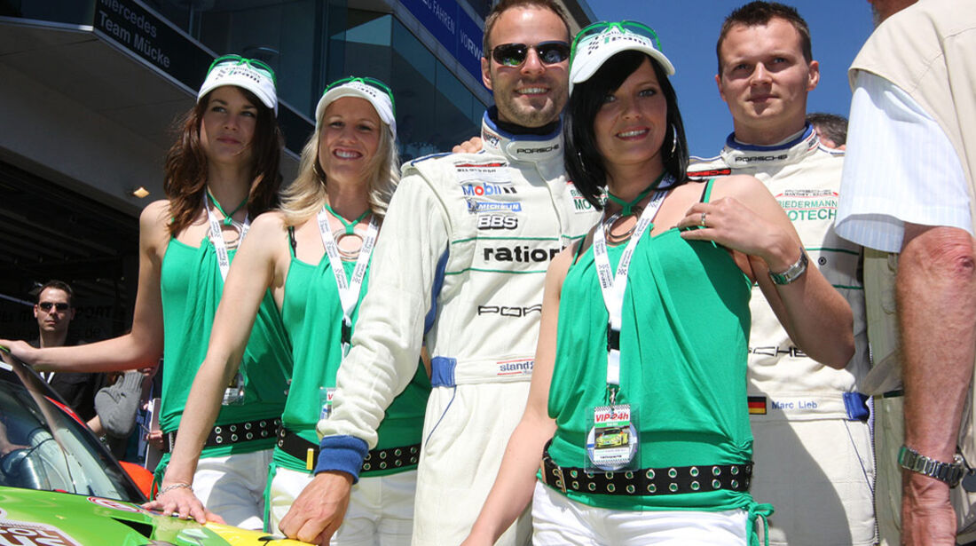 24h Rennen Nürburgring 2009 Grid Girls