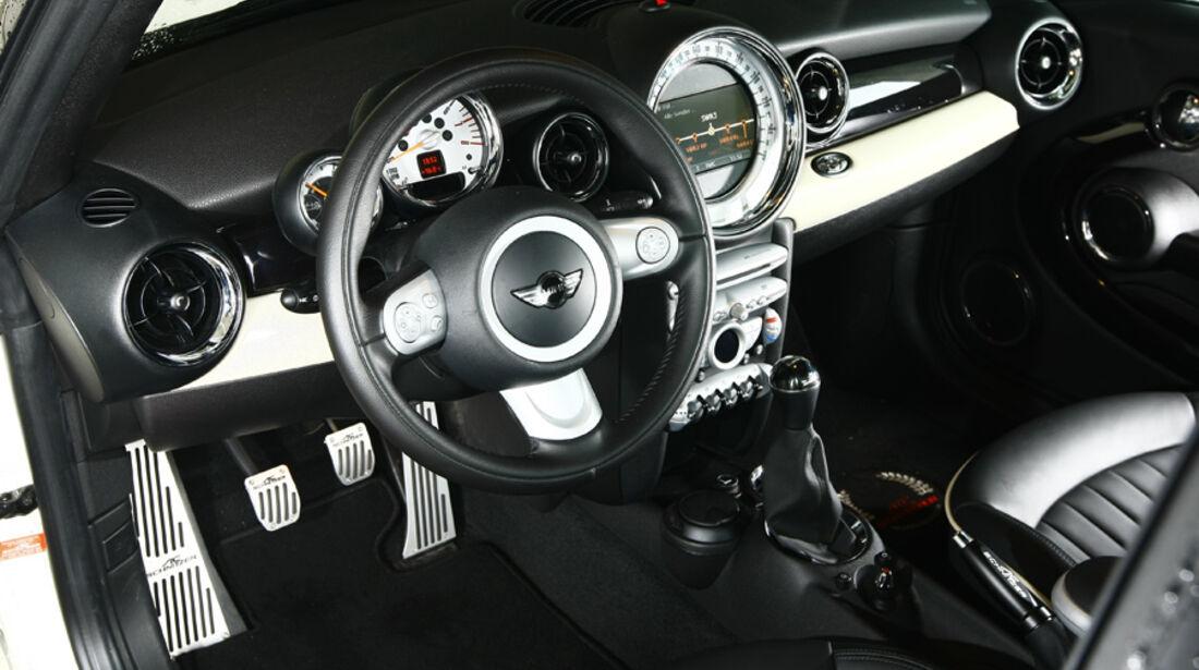 AC Schnitzer-Mini Cooper S Cabrio, Cockpit