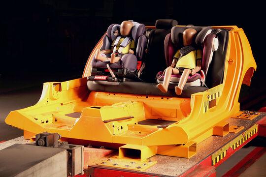 ADAC Kindersitz Crashest Frühjahr 2018