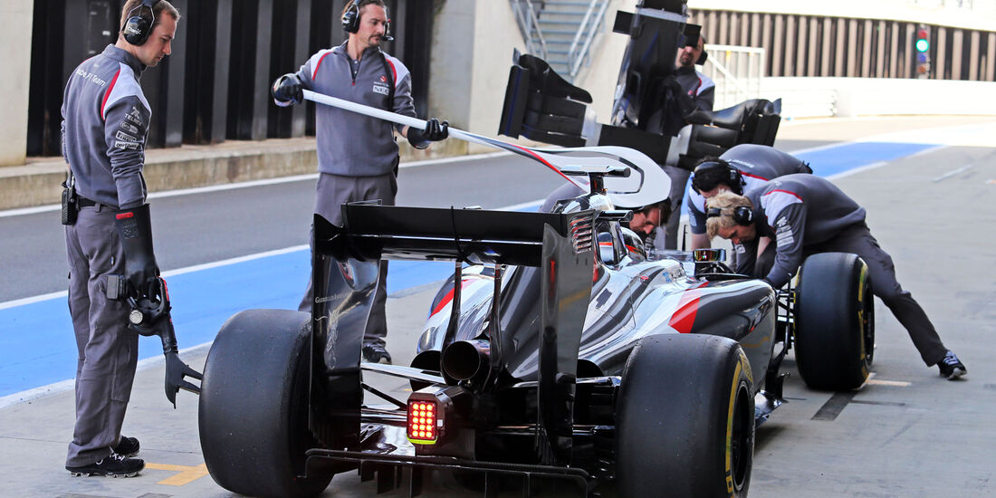 Adrian Sutil - Sauber - Formel 1-Test - Silverstone 2014