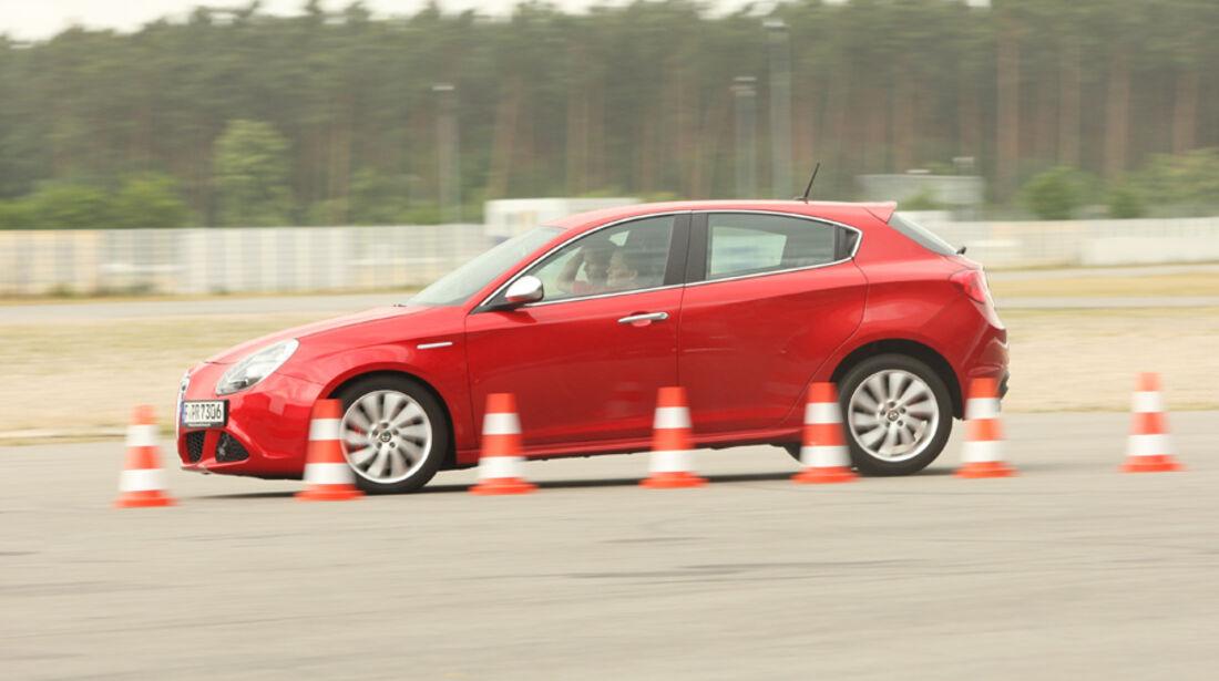 Alfa Romeo Giulietta 1.4 16V, Bremstest, Seitenansicht