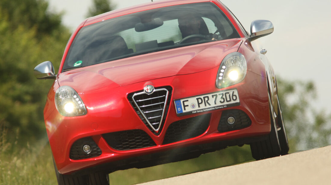 Alfa Romeo Giulietta 1.4 TB 16V, Frontansicht