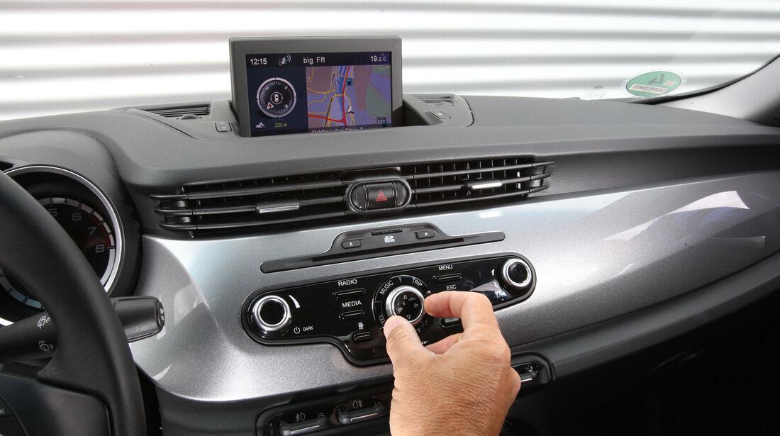 Alfa Romeo Giulietta 1.4 TB, Radio