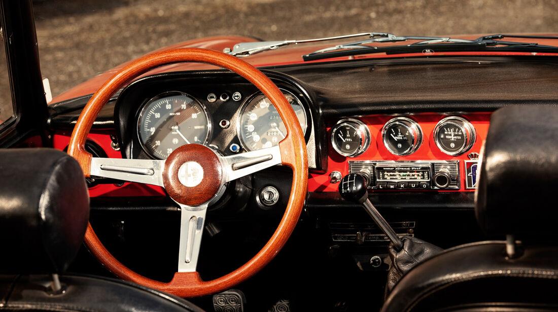 Alfa Spider 1750 Veloce, Lenkrad, Cockpit