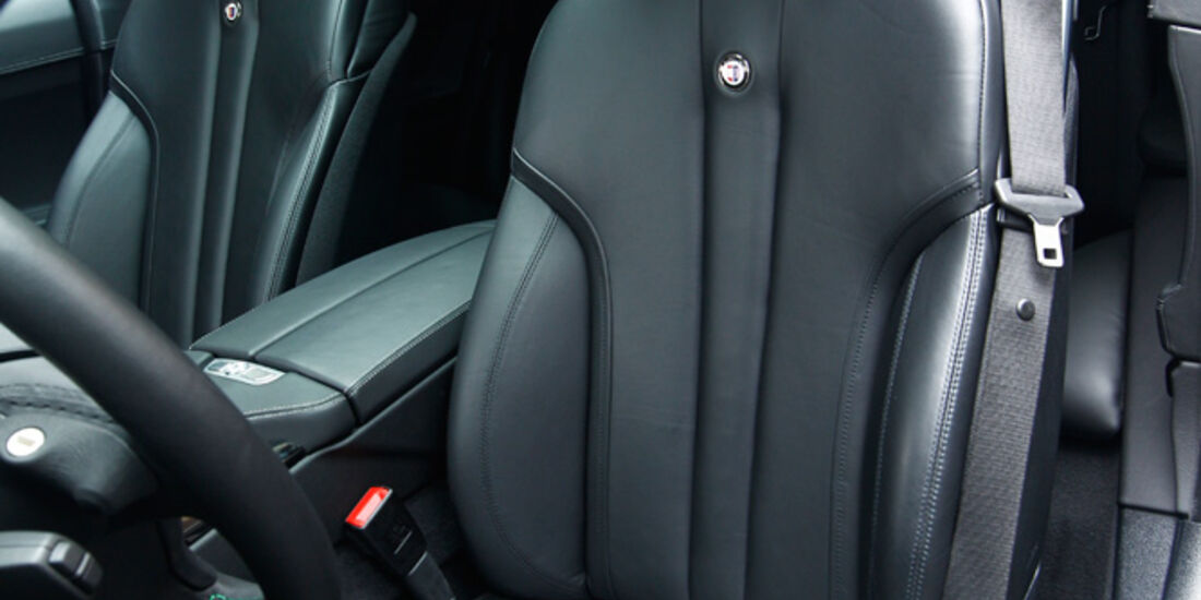 Alpina B6 Biturbo, Fahrersitz