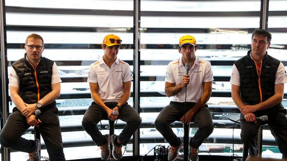 Andreas Seidl, Lando Norris, Carlos Sainz & James Key - McLaren - Formel 1 - 2019