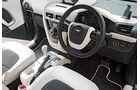 Aston Martin Cygnet, Cockpit, Lenkrad