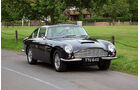 Aston Martin DB6 Sports Saloon