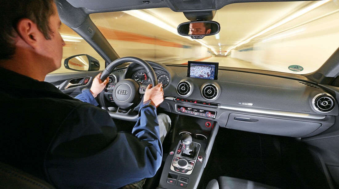 Audi A3 Sportback g-tron, Cockpit, Fahrersicht