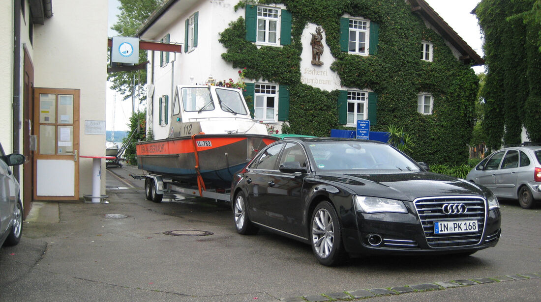 Audi A8 3.0 TDI Quattro, Anhänger