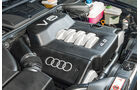 Audi A8 4.2 Quattro (D2), Motor