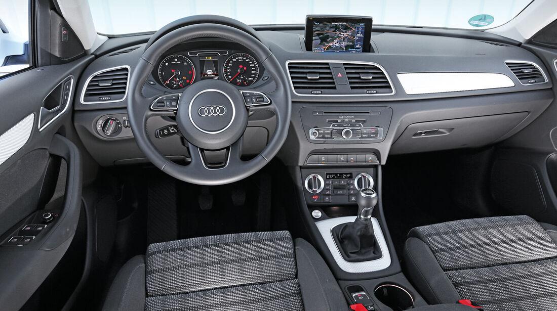 Audi Q3, Cockpit