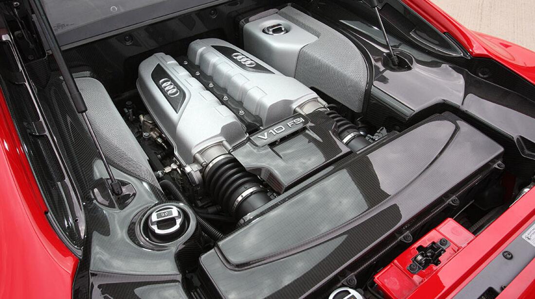 Audi R8, Motor
