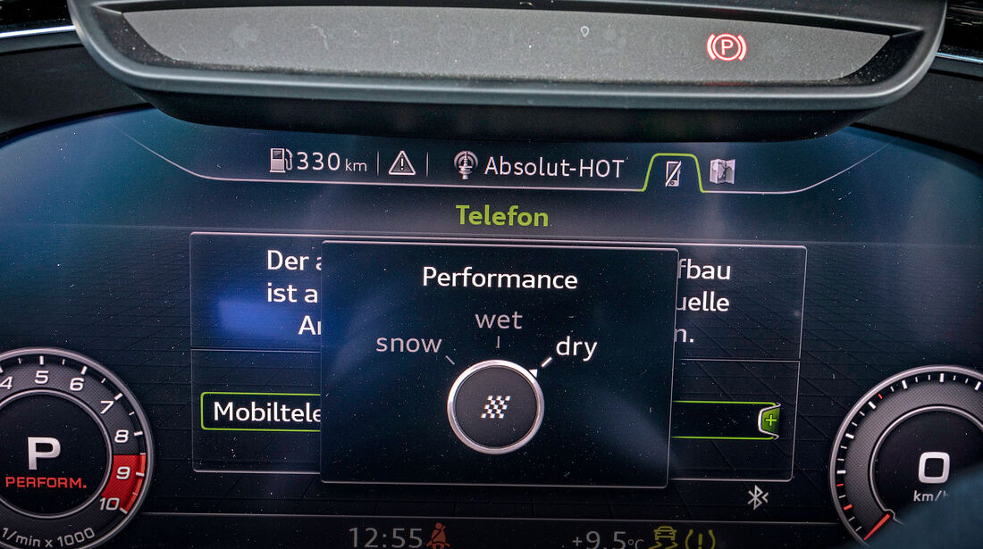 Audi R8 V10 Performance, Digitiale Armaturen