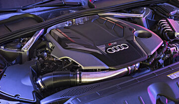 Audi RS 5 Coupé, Motor