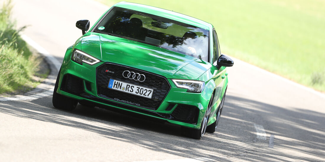 Audi RS3, Front