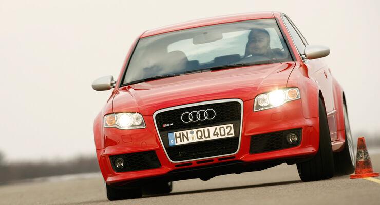 Der Audi RS4 im Supertest auf Nordschleife und Hockenheimring - auto ...