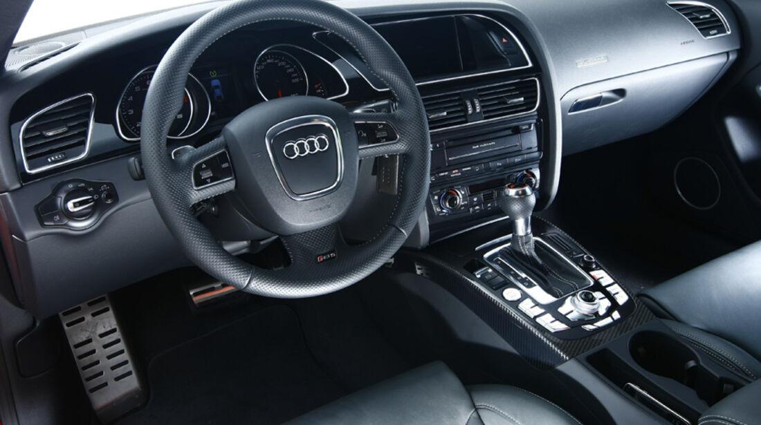Audi RS5 Coupé Cockpit