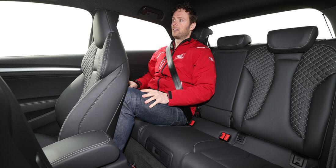 Audi S3 2.0 TFSI, Rücksitz, Beinfreiheit