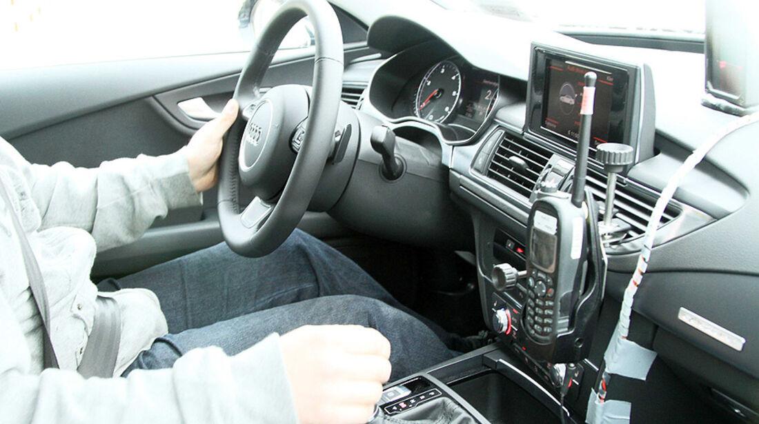 Audi S7 Erlkönig Cockpit