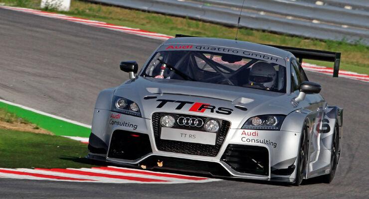 Audi TT RS, Front