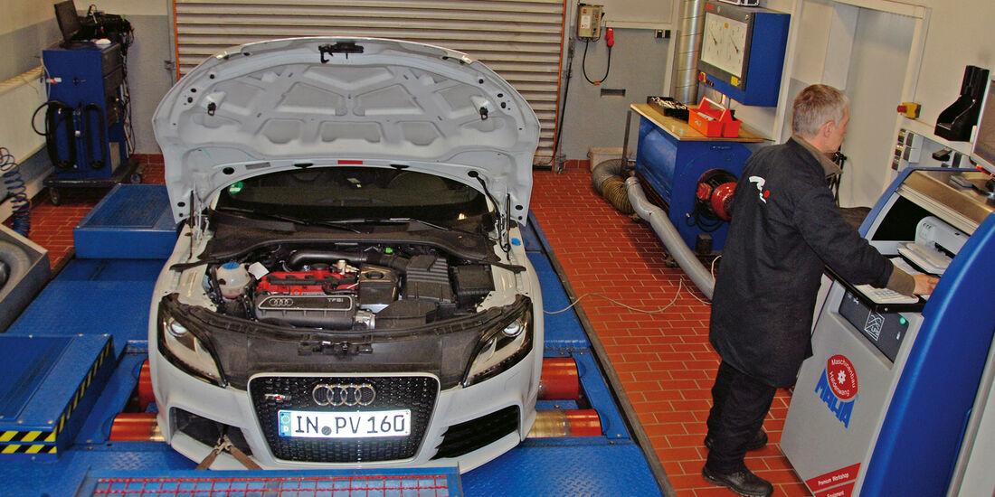 Audi TT RS, Werkstatt, Leistungsmessung